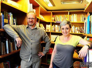 Entrevista inédita com o casal de psicanalistas autores de livros sobre os contos de fadas